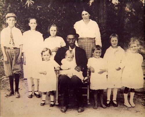HomerHeddieThompsonFamily1919