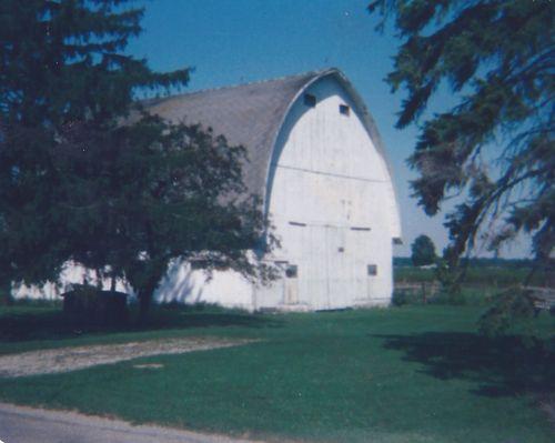 Old barn 1982