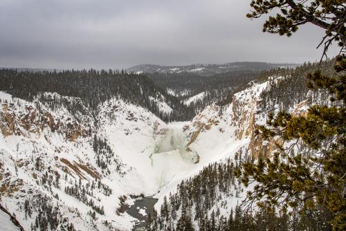 Undine falls frozen  (2)