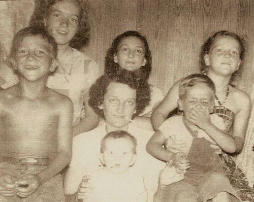 Britt1951 ShirleyLoisBenice EarlHazelLarryLor